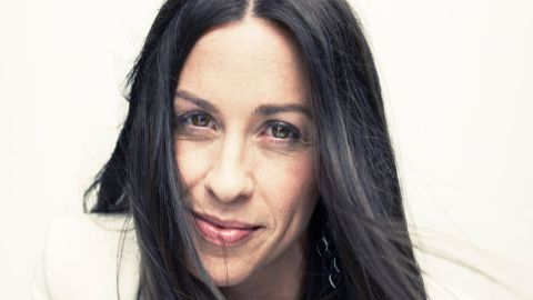 Alanis Morissette: Intimate & Acoustic